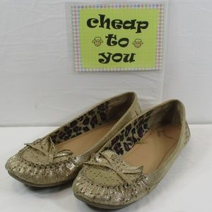 Shoes - REPORT REAGAN GOLD FLATS/LOAFERS SIZE 8💥💥